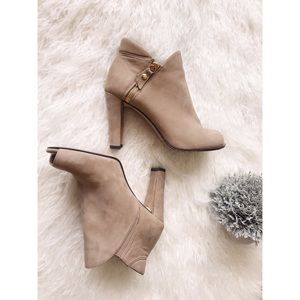 $498! Stuart Weitzman Booties Open Toe Boots Shoes